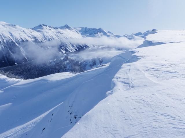 夢占い雪山を上る