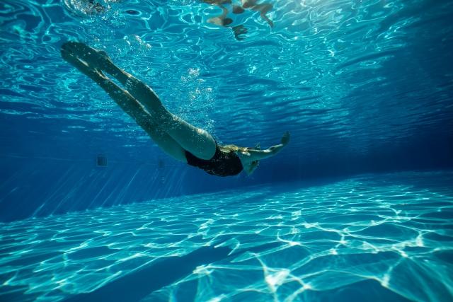 夢占いプールにはいる夢