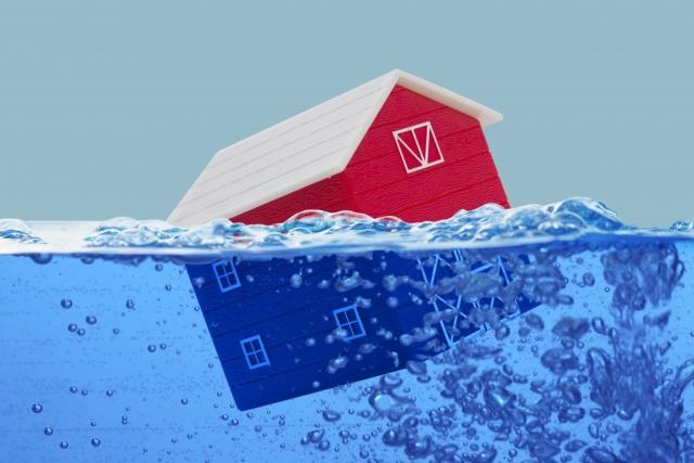 津波で家が流される夢占い