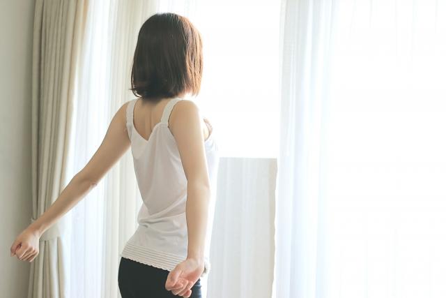 【夢占い】身体の部位別の暗示!頭・顔・首・のど・肩・胸・乳房・腕・手・指・爪・へそ・背中・腰・尻・足