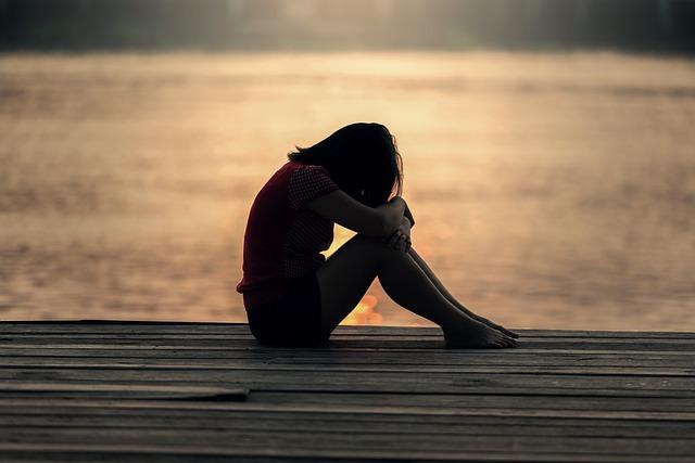 意味もなく不安になってしまう人へ。不安感に襲われる理由と7つの対処法