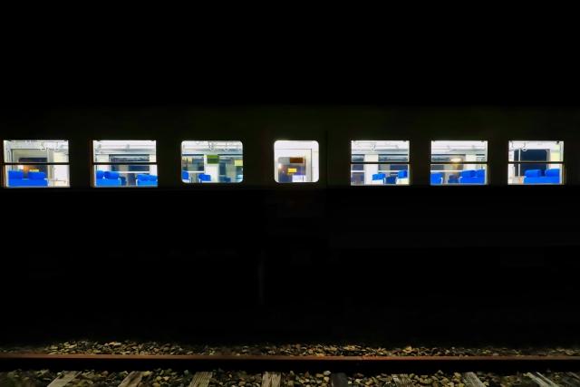終電の電車、電車に乗り遅れる夢の夢占い