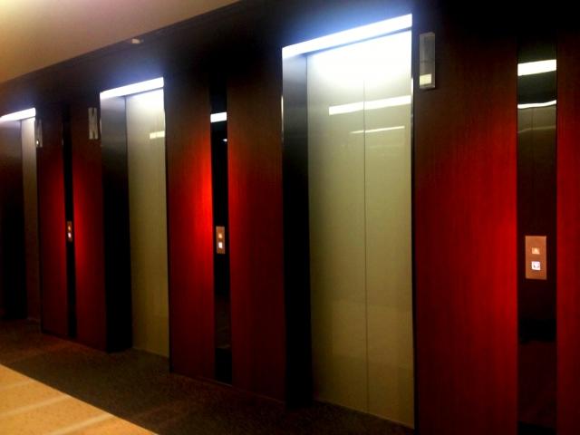 エレベーターが到着する夢占い