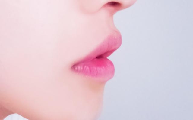 キスしたくなる唇の作り方!男性心理を理解したリップスクラブ・リップパック・リップケアで女子力向上!