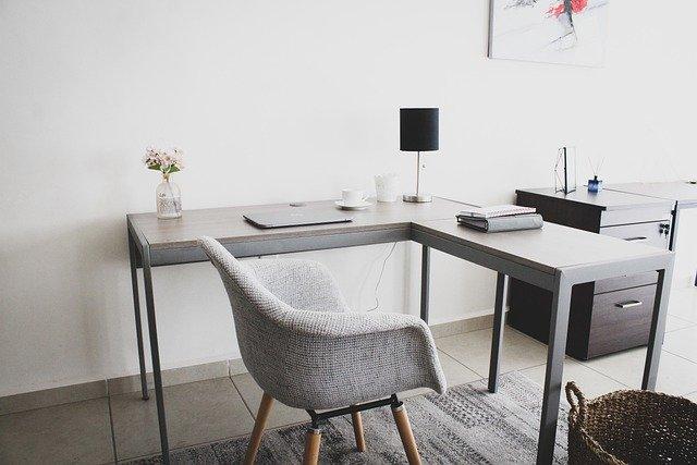 風水的に良い仕事部屋にするための6つのポイント!質の高いものを取り入れる+職種にあったインテリアを!