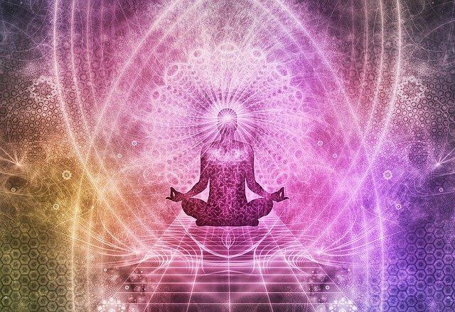 ヒーリングによって宇宙のエネルギーと繋がり、自分の中に眠るエネルギーが活性化される